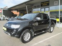 Mitsubishi Pajero Pick up Intense Double Cab 4WD 2,5 DID bei HWS || Auto Eberhaut Ges.m.b.h in